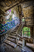 121_abandoned_places.jpg, 21kB