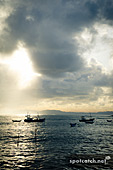 13ap_sri_lanka_fisherboats2.jpg, 13kB