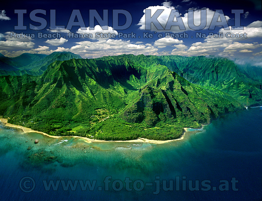 Hawaii Island Kauai Left Makua Beach Middle Hanea State Park Right Ke 180 E Beach Amp Na Pali Coast