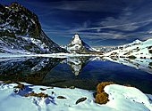 Switzerland, Schweiz, Riffel Lake with Matterhorn, Photo Nr.: swiss007