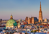 W6517_Wien_Stephansdom_Peterskirche_Skyline.jpg, 18kB