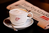 Austria, Vienna, Cafe Sperl, Cafe, Zeitung, Standrad, Photo Nr.: W4721